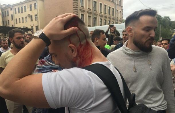 Депутаты ЗакСа отказались звать назаседание Смольный иГлавк