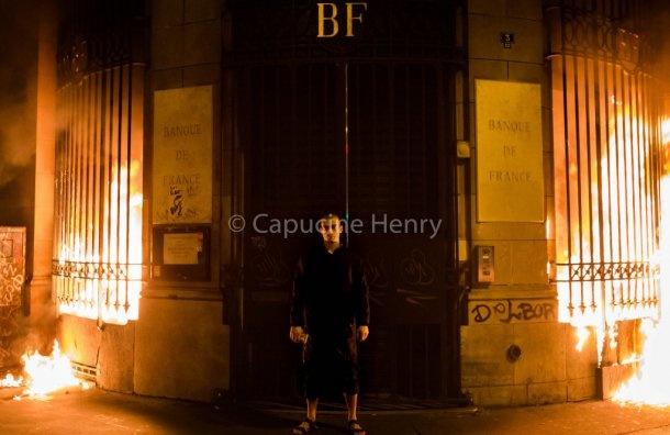 Павленского отпустили из-под стражи воФранции