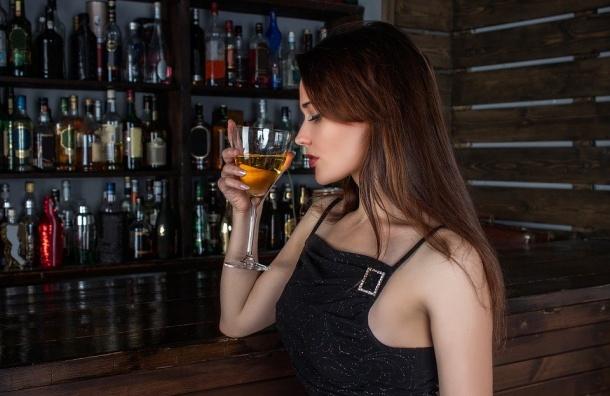 Возраст продажи алкоголя вРоссии может увеличиться до20 лет