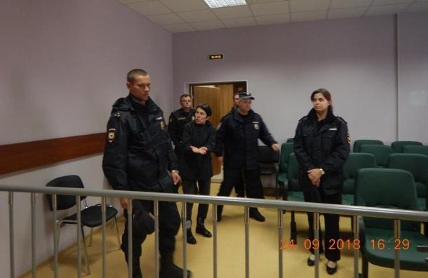 Шахназ Шитик оставили под арестом заакцию «Допенсии недотянем»