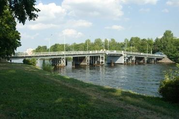 Первый Елагин мост отремонтируют