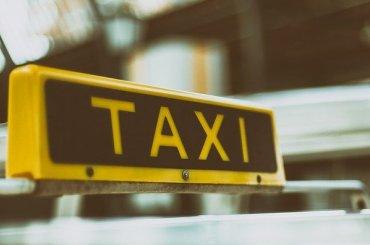 Петербург примет таксистов изЛенобласти