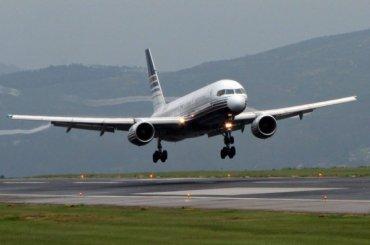Самолет изИспании недолетел вПетербург из-за смерти пассажира