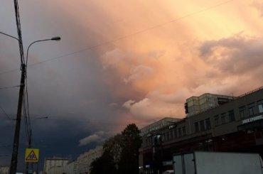Петербуржцы запечатлели «конец света»