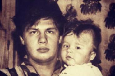 УГарика Харламова скончался отец