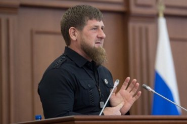 Кадыров вмешался вперепалку между Тимати иНурмагомедовым