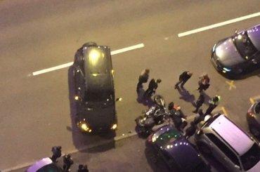 Мотоциклиста госпитализировали втяжелом состоянии после ДТП вПетербурге