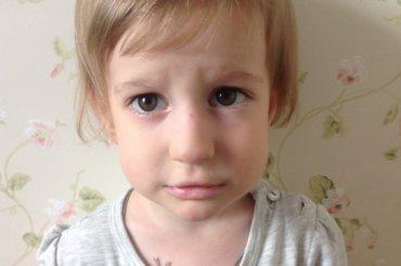 Четырехлетней Насте нужна помощь для лечения