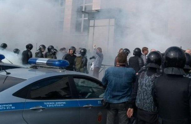 Вишневский будет настаивать навстрече сгубернатором из-за переноса митинга