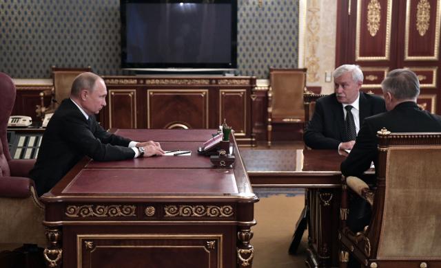 Путин похвалил Полтавченко заработу губернатором Петербурга