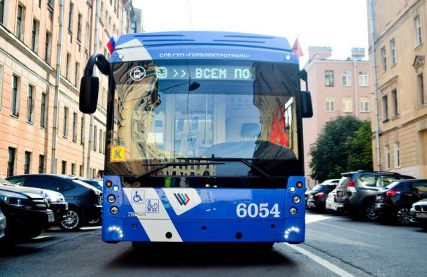 Смольный потратит около миллиарда рублей науправление общественным транспортом