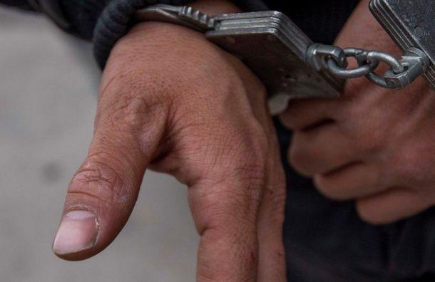 Полицейских наказали условно зашантаж предприятий
