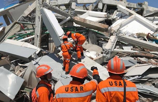 Более 1200 человек погибли вИндонезии из-за землетрясения