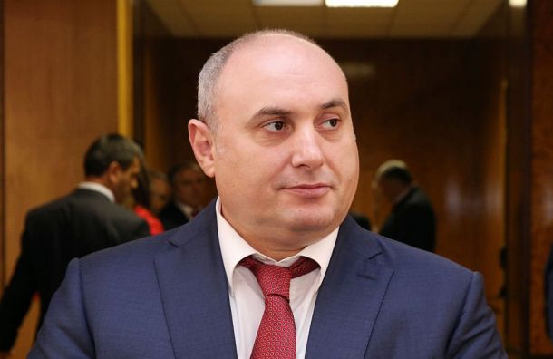 Бывшего мэра Махачкалы приговорили кчетырем годам тюрьмы