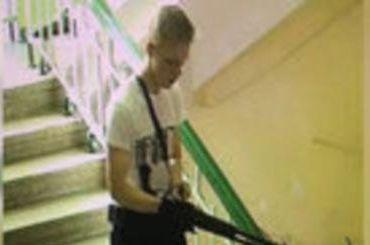 Керченский стрелок перед нападением спрятал сейф