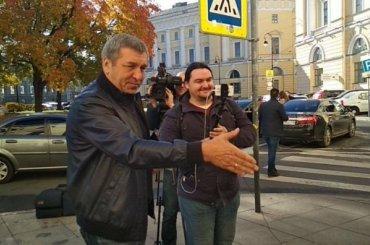 Албин встретился сзащитниками сквера вКузнечном переулке