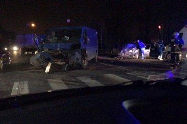 Человек погиб вмассовой аварии под Петербургом