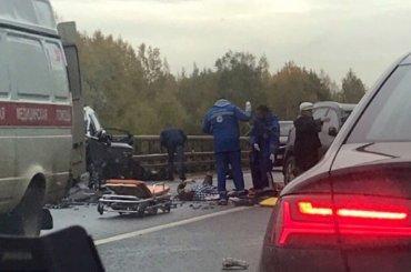 Два ребенка пострадали всерьезном ДТП наВолхонском шоссе