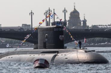 Петербургский парад ВМФ признали лучшим вРоссии