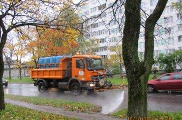 Коммунальщики рассказали, когда перестанут мыть улицы