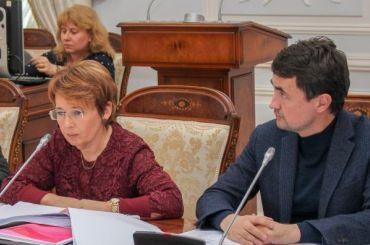 Дмитриева раскритиковала чиновников Смольного