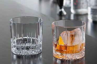 «Газпром» закупает бокалы ручного литья для виски