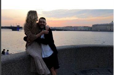 Шнуров официально подтвердил, что женился