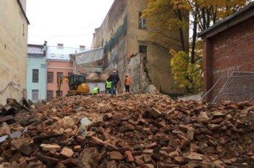 Институт океанологии полностью уничтожил флигель дома Долгоруковых