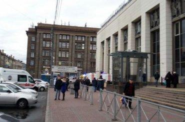 Упавший под поезд метро на«Площади Ленина» пассажир оказался студентом