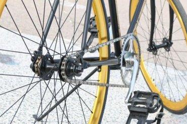 Велосипедист едва непогиб, протаранив «Газель» вКупчине