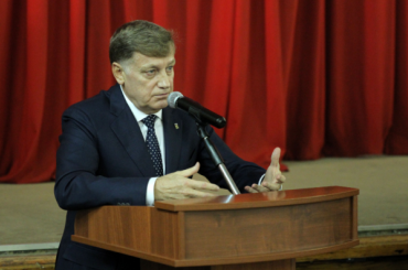 Врио губернатора навыборах поддержит петербургская «Единая Россия»