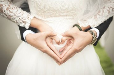 Самый молодой депутат петербургского ЗакСа женился