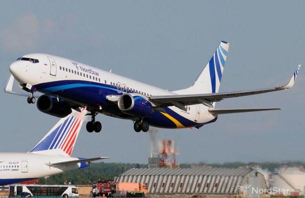 Самолет стрещиной встекле экстренно сел вКрасноярске