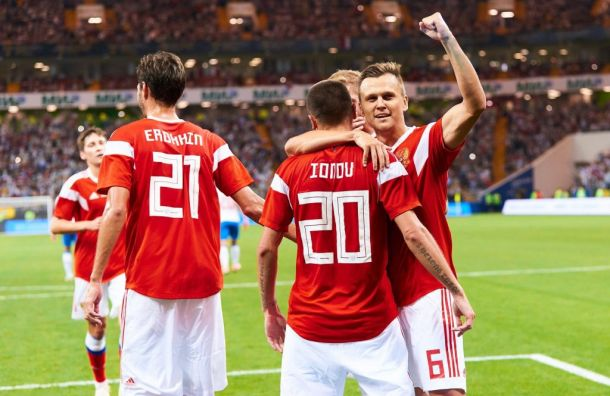 Черчесов вызвал всостав сборной России пять футболистов «Зенита»