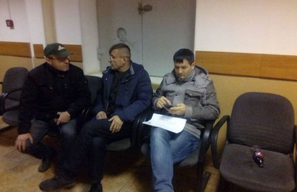 НаНевском проспекте задержали пикетчиков