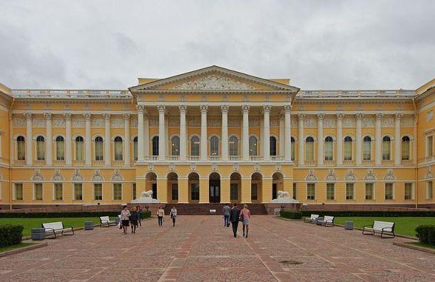 Русский музей запустил виртуальные экскурсии саудиогидами Боярского
