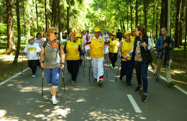 Фестиваль скандинавской ходьбы Ирины Слуцкой стартует вСанкт-Петербурге