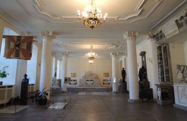 РПЦ хочет выселить Музей городской скульптуры