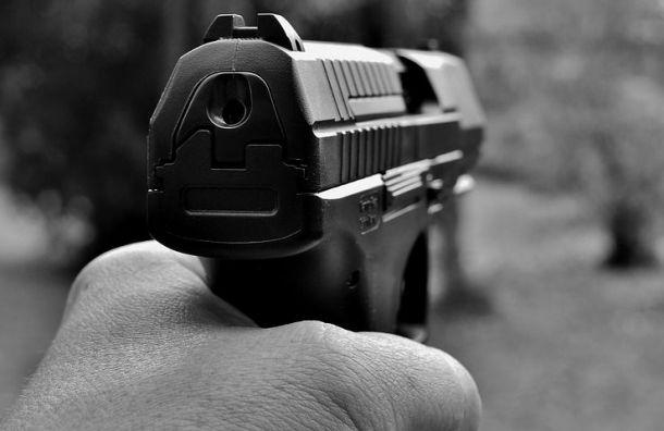 Кавказец устроил стрельбу вцентре Петербурга