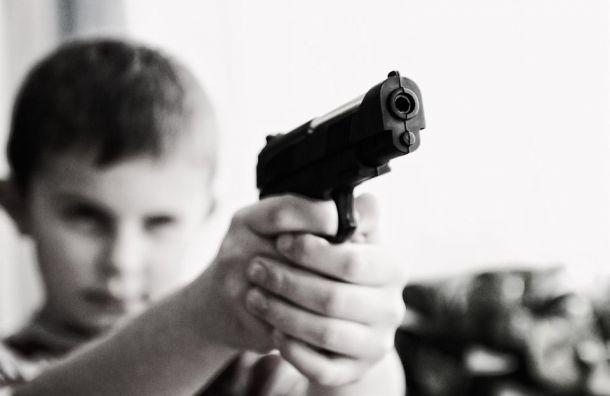 Возраст продажи оружия вРоссии могут повысить до21 года