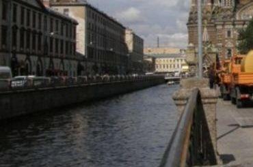 Канатоходец прошелся через канал Грибоедова
