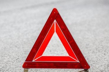 Молодой мужчина попал под машину наКингисеппском шоссе