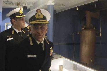 Военная делегация Индии посетила Нахимовское училище и«Аврору»