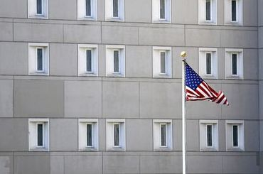Россиянин умер взаключении вСША