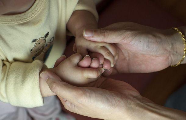 Оставившую ребенка всарае петербурженку отправили вколонию