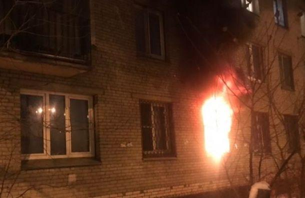 Два человека погибли при пожаре наНародного Ополчения