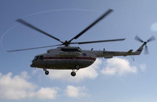 Вертолет спострадавшими студентами под Псковом прибыл вПетербург