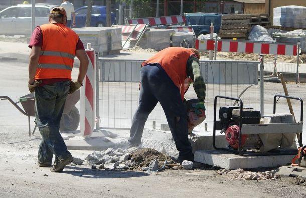Ленэнерго заплатит почти 4 миллиона рублей заиспорченные газоны