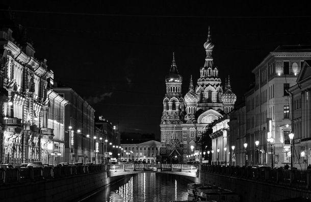 Каждый десятый россиянин напраздники собирается вПетербург