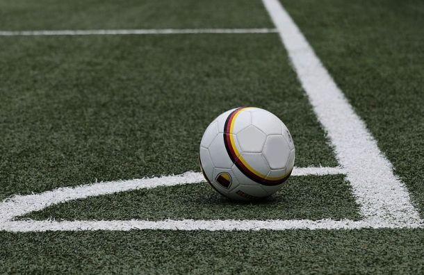 Беглов лично проконтролирует строительство футбольного поля для сирот